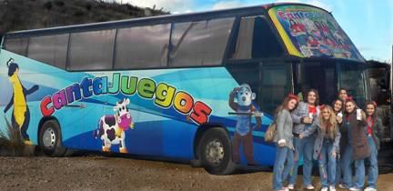 autobus-canta-juegos-grupo-golosina